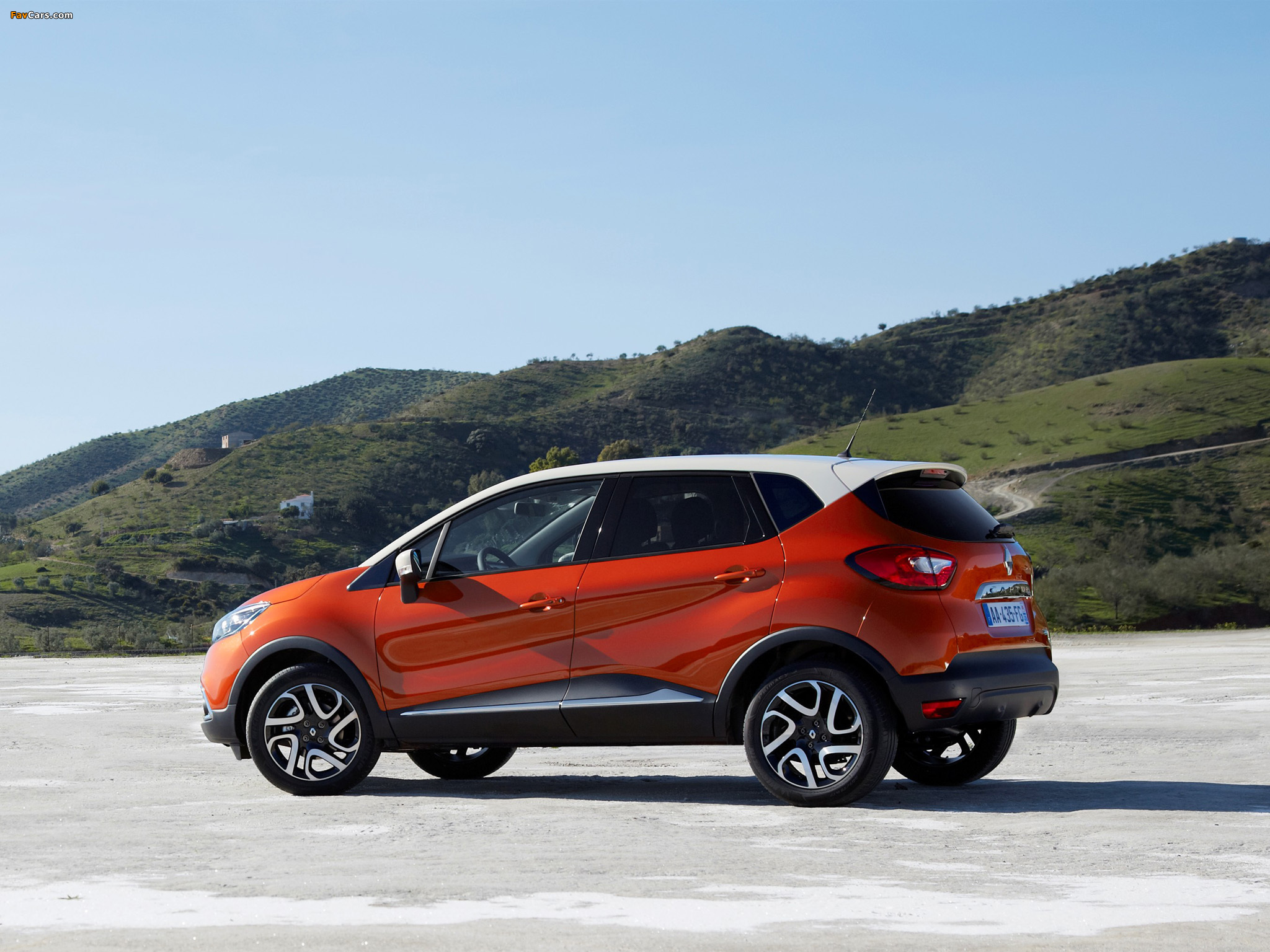 wallpapers_renault_captur_2013_5